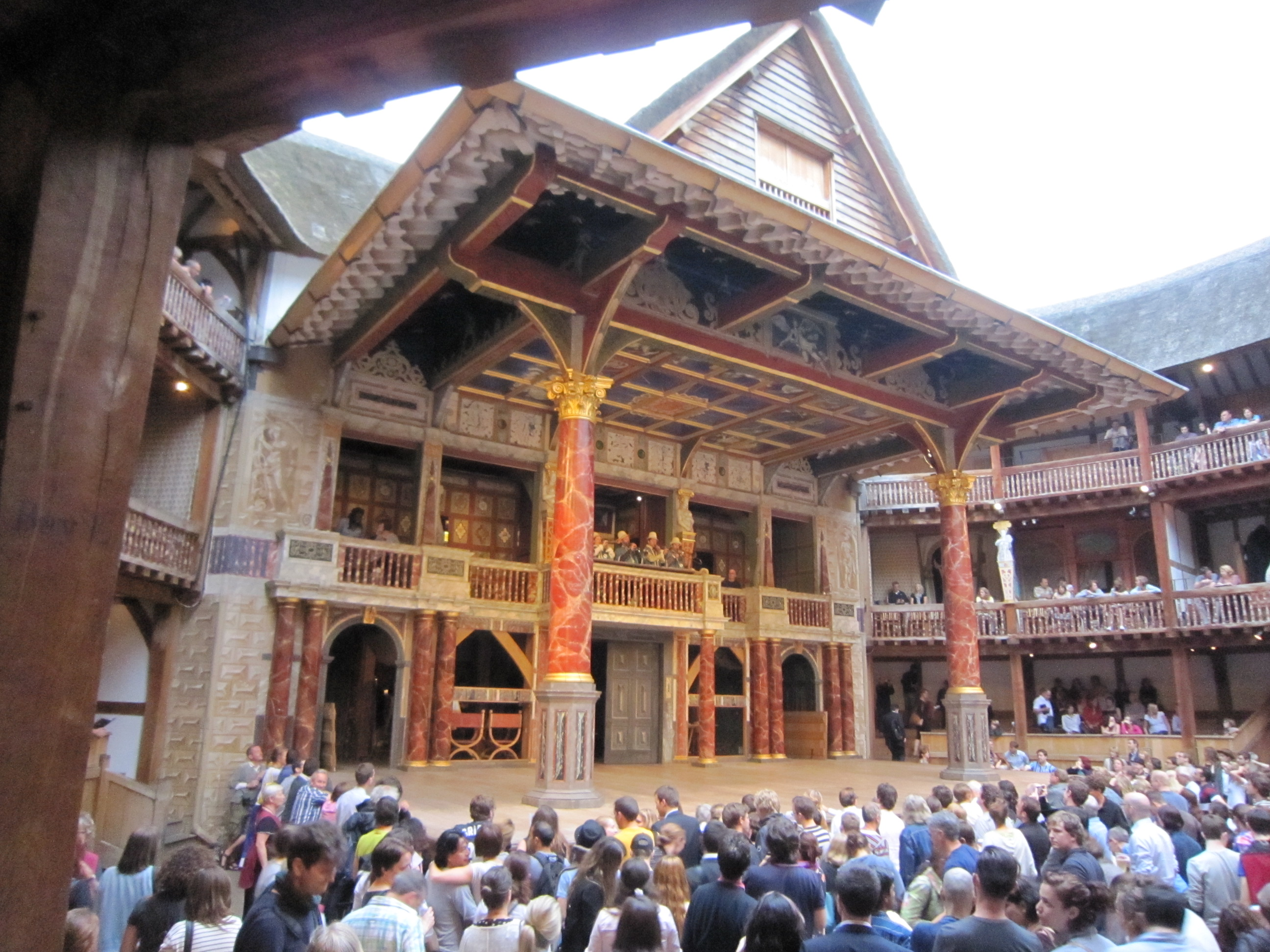 shakespeares globe theatre The globe theatre was a theatre in london associated with william shakespeare it was built in 1599 by shakespeare's playing company, the lord chamberlain's men, on.